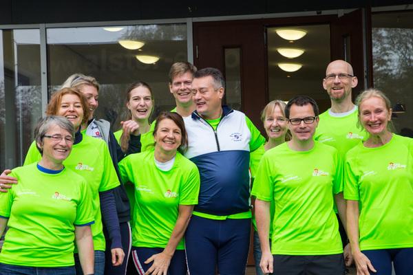 Das Team der RG HANSA, mit Björn im Hintergrund