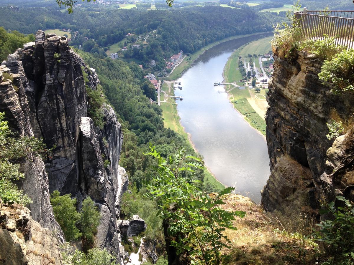 Elbe-unterhalb-der-Bastei